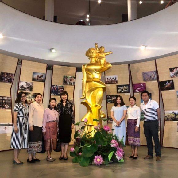 Chia sẻ kinh nghiệm cùng Bảo tàng Quốc gia Lào