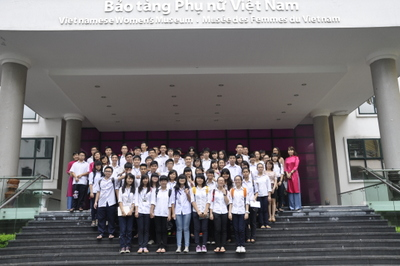 Extra-curriculum Session of Chu Van An Upper Secondary School Students at VWM