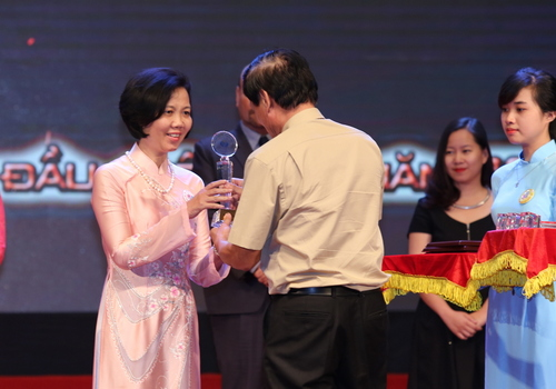 "Vietnamese Women Museum receives ""Vietnam top destinations"" award"