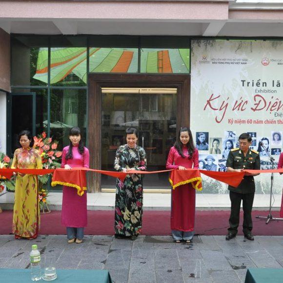 """Khai mạc triển lãm """"Ký ức Điện Biên"""" tại Bảo tàng Phụ nữ Việt Nam"""