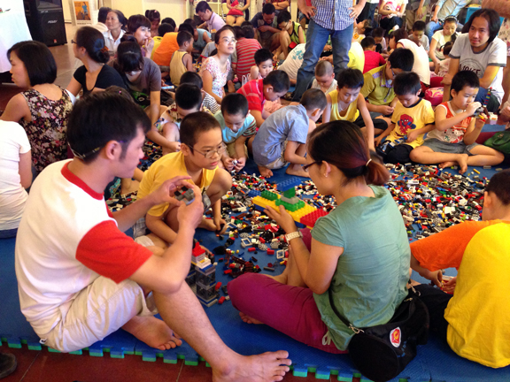 """Summer 2014"" Activities at Vietnamese Women's Museum on International Children's Day"