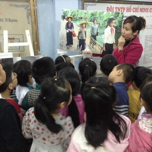 """Triển lãm lưu động """"Trẻ em thời chiến"""" tiếp tục phát huy hiệu quả giáo dục"""