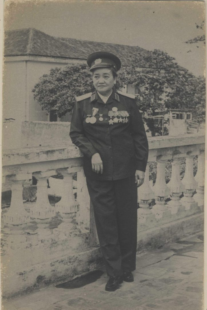 Nguyen Thi Dinh: The General with the Khăn Rằn