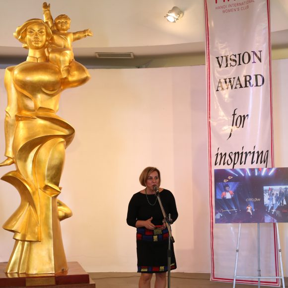 Vision Award for Inspiring women at the Vietnamese Women Museum